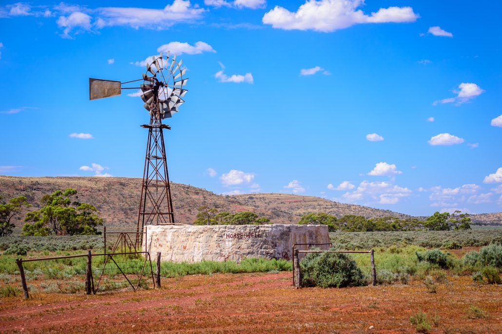 Hilux Landscape Camping GXL 4x4 Discovery LowRange 4WD Australia Outback Kenno Landcruiser Toyota Camera Camp Gleno Ernie Filming